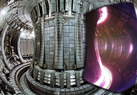 JET fusion reactor with plasma